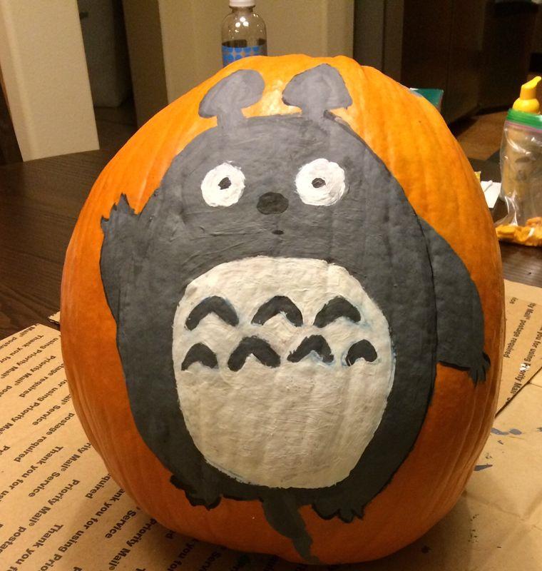 Totoro on pumpkin